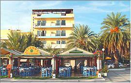 Sitia: Port promenade in front of Itanos Hotel